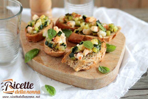 Tartine gamberi e zucchine