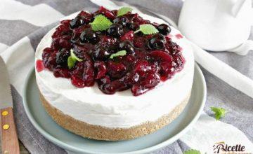 Cheesecake fredda alla ricotta e ciliegie