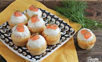 Muffin salati al salmone affumicato