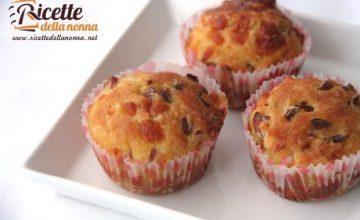 Muffin salati wurstel e provola
