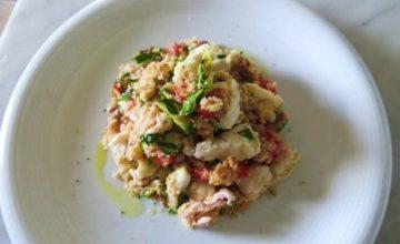 Panzanella con calamari e rana pescatrice