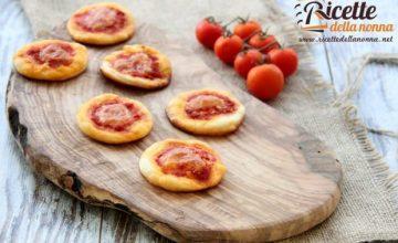 Pizzette rosse da aperitivo