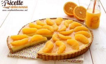 Crostata di farina di marroni, crema di ricotta e arance