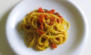 Spaghetti pomodoro e zafferano