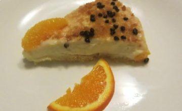 Torta cremosa di arancia e cannella