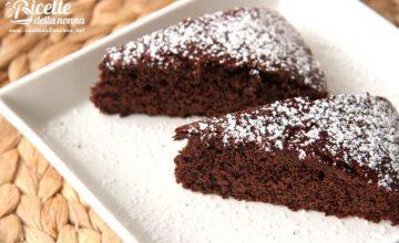 Torta light al cioccolato senza burro