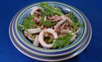 Insalata di fagioli e calamari