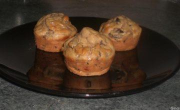 Muffin salati con funghi e salsicce