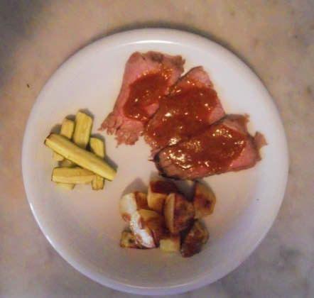 Roastbeef al naturale con salsa mediterranea