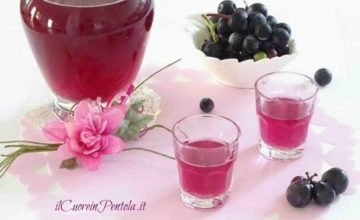 Liquore all'uva fragola