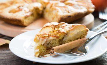 Torta di mele senza glutine, soffice e morbida proprio come l'originale!