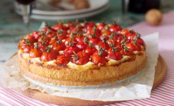 Cheesecake salata con pesto e pomodorini: un'idea per le vostre cene estive!