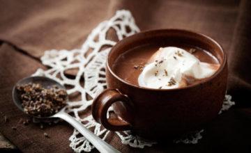 Voglia di cioccolata calda anche a casa? Prepariamola in 15 minuti!