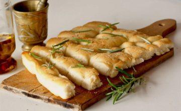 Focaccia con farina di miglio: soffice e fragrante!