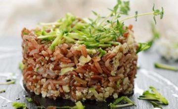 Insalata di riso rosso con zucchine alla julienne: semplice ma gustosa!