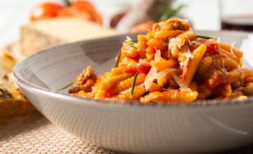 Scopriamo i malloreddus alla campidanese, una ricetta tipica sarda
