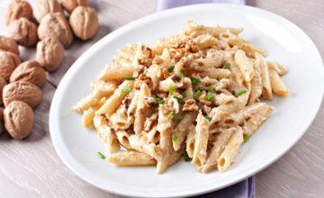 Pasta alle noci: un primo piatto cremoso e invitante!