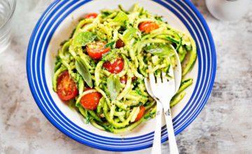 Fresca e saporita, ecco la ricetta della pasta zucchine e pomodorini