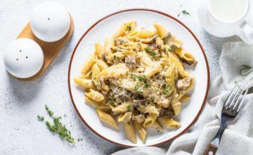 Penne ai funghi champignon: la ricetta con pasta di mais (buona e 100% gluten free)