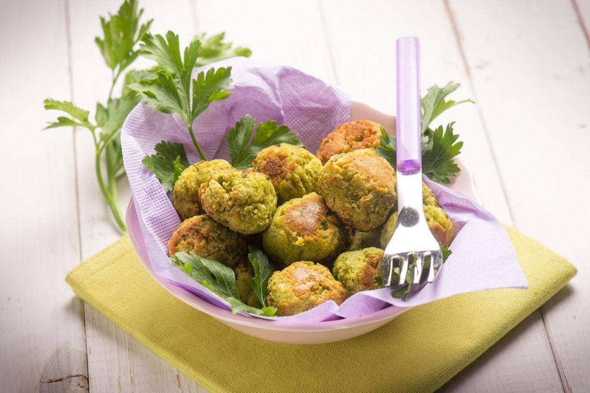 Polpette patate e zucchine vegan: una delizia!