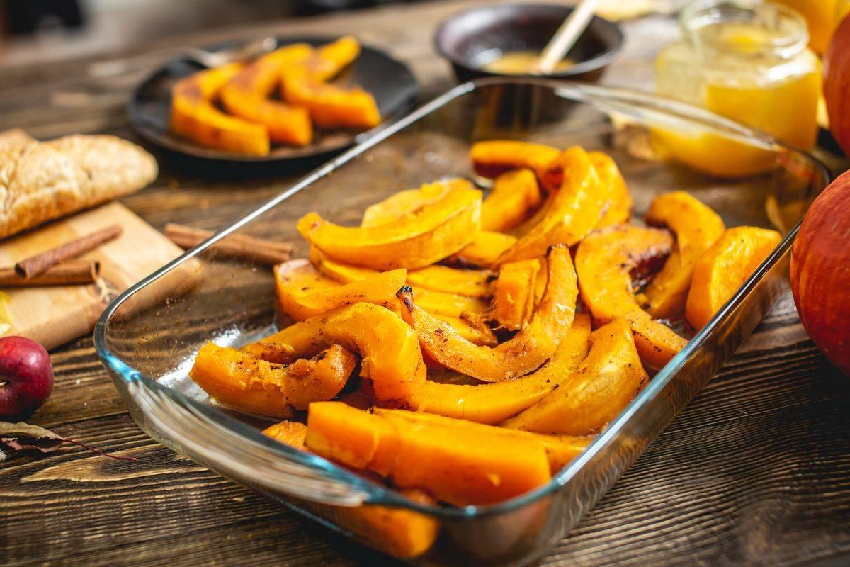 Che profumo d'autunno con la zucca al forno: ecco la ricetta del contorno delizioso