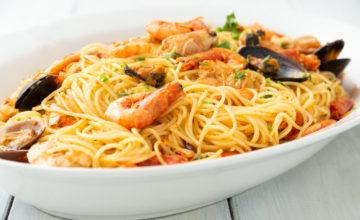 Spaghetti con cozze e gamberi