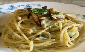 Spaghetti burrata e melanzane