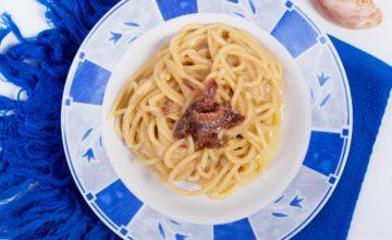 Spaghetti cipolla e alici