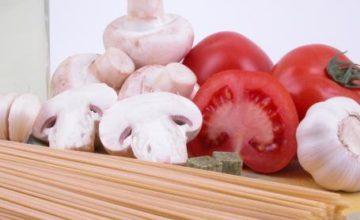 Bavette con champignon e pomodorini