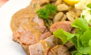 Bocconcini di maiale in salsa di funghi