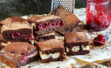 Brownies alle ciliegie e crema di mascarpone