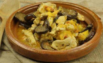 Caponata di pollo e verdure al curry