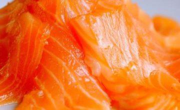Crepes al salmone marinato