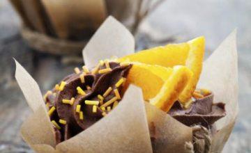 Cupcakes al cioccolato e arancia