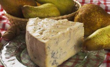Fagotti di formaggio e pere