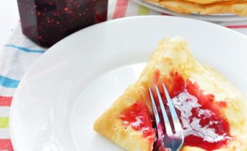 Pancakes vegani ai frutti di bosco