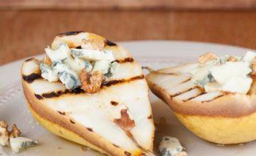 Pere grigliate con gorgonzola e noci