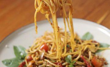 Spaghetti roast beef e pomodorini