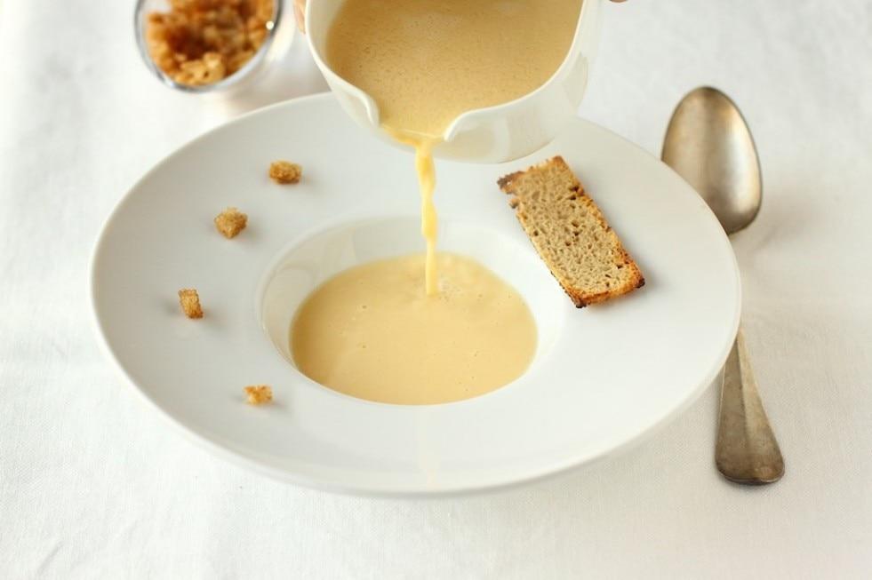 Zuppa di vino bianco della Val d'Isarco