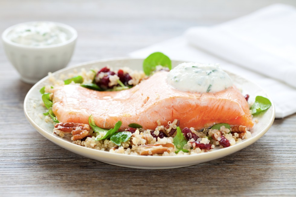 Filetto di salmone con insalata di quinoa