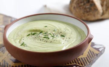 Zuppa di avocado e yogurt
