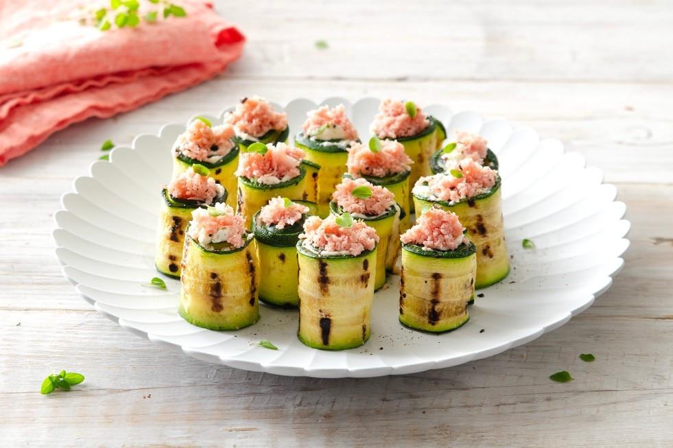 Sushi di zucchine con mousse al parmigiano e mortadella