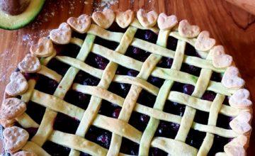 Crostata avocado e mirtilli