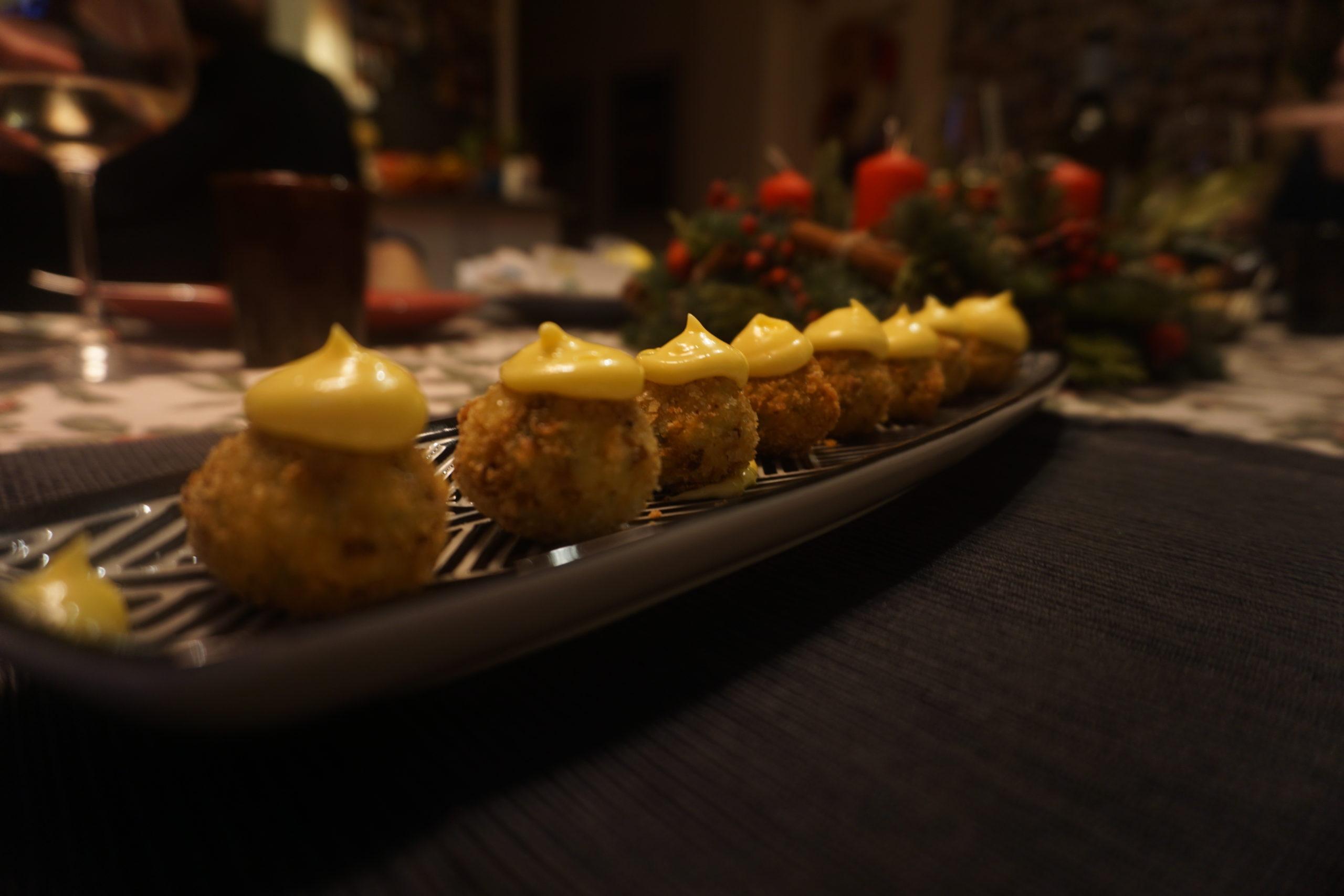 Polpettine di gamberi con maionese allo zenzero