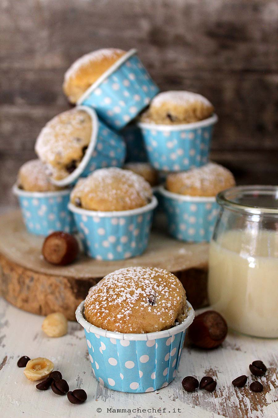 Muffin con gocce di cioccolato e nocciole